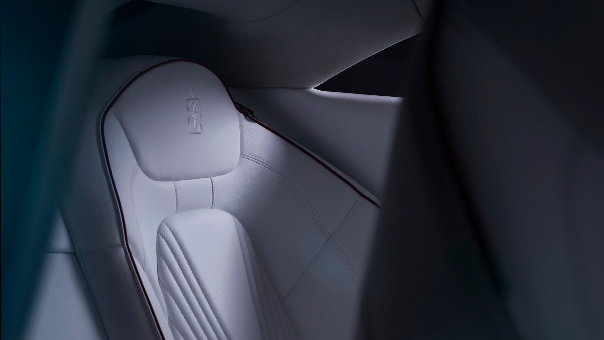 Сиденье плагин-гибрида Karma Pininfarina GT