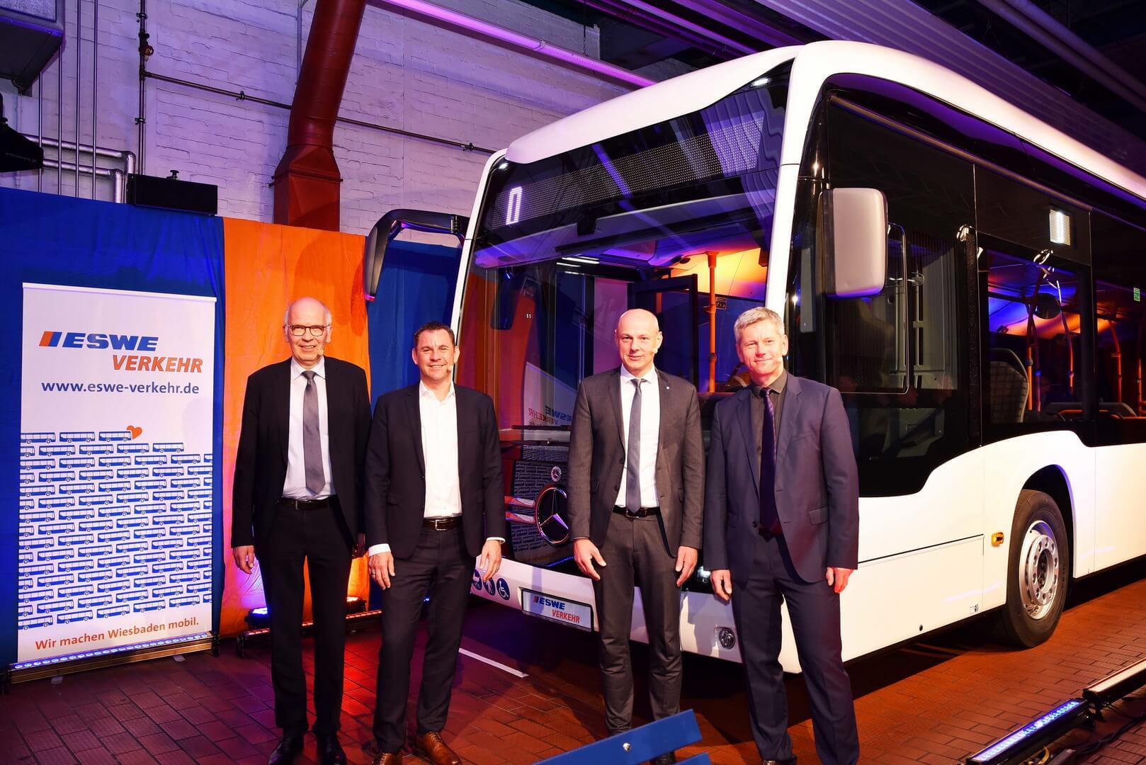 Mercedes-Benz получил рекордный заказ на электрические автобусы eCitaro