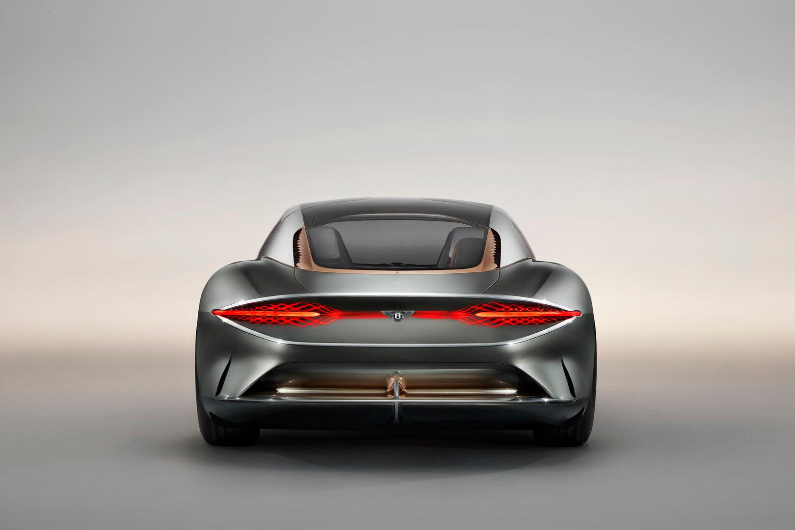 Электрический концепт Bentley EXP 100 GT - вид сзади