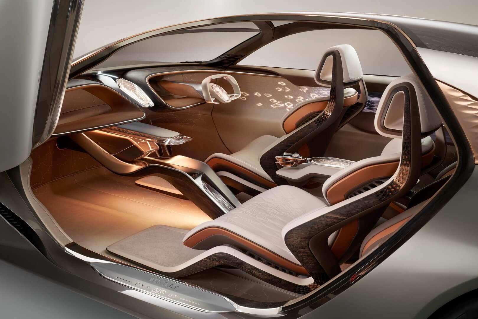 Салон электрического концепта Bentley EXP 100 GT