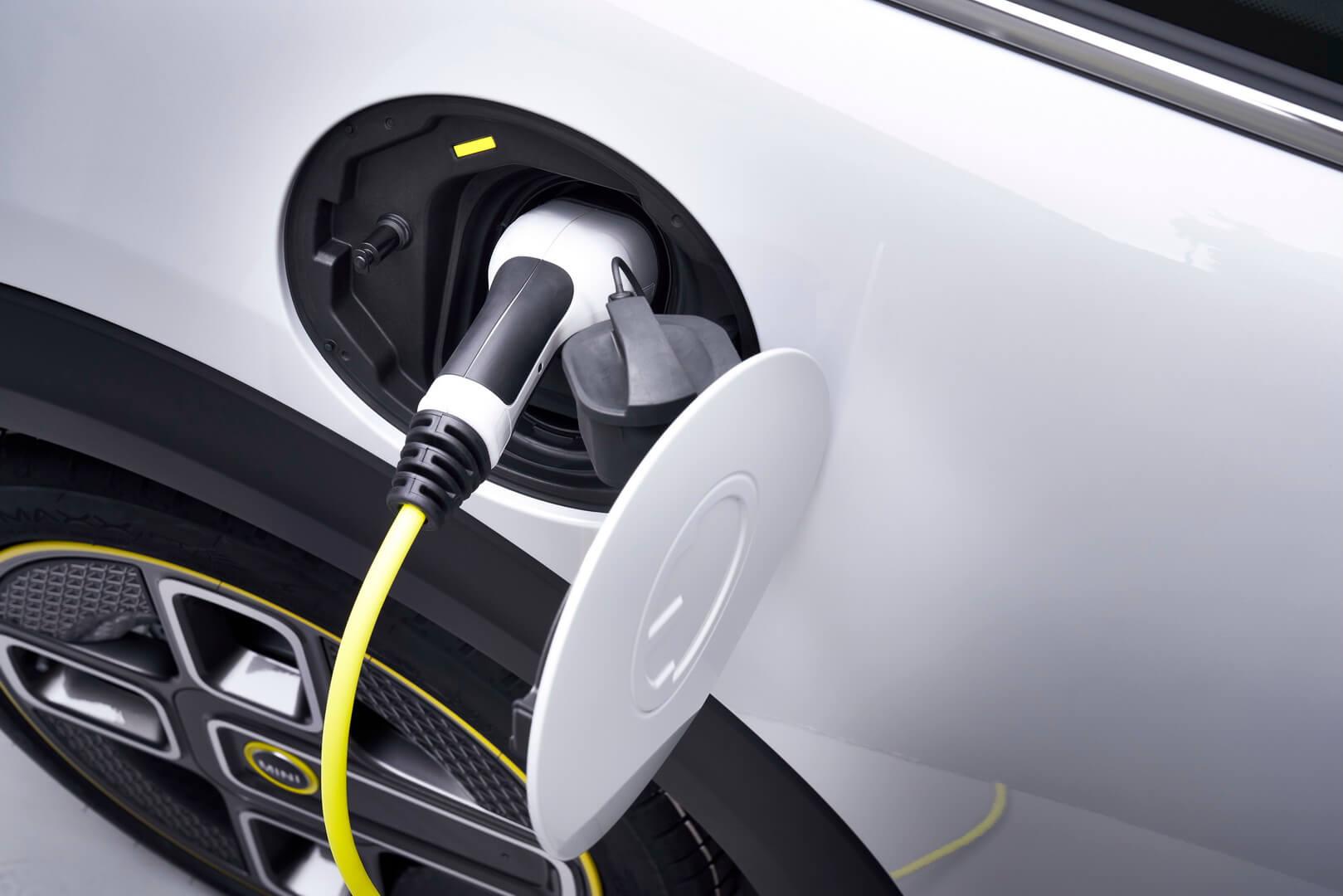 Комбинированный порт зарядки CCS Combo 2 Mini Cooper SE