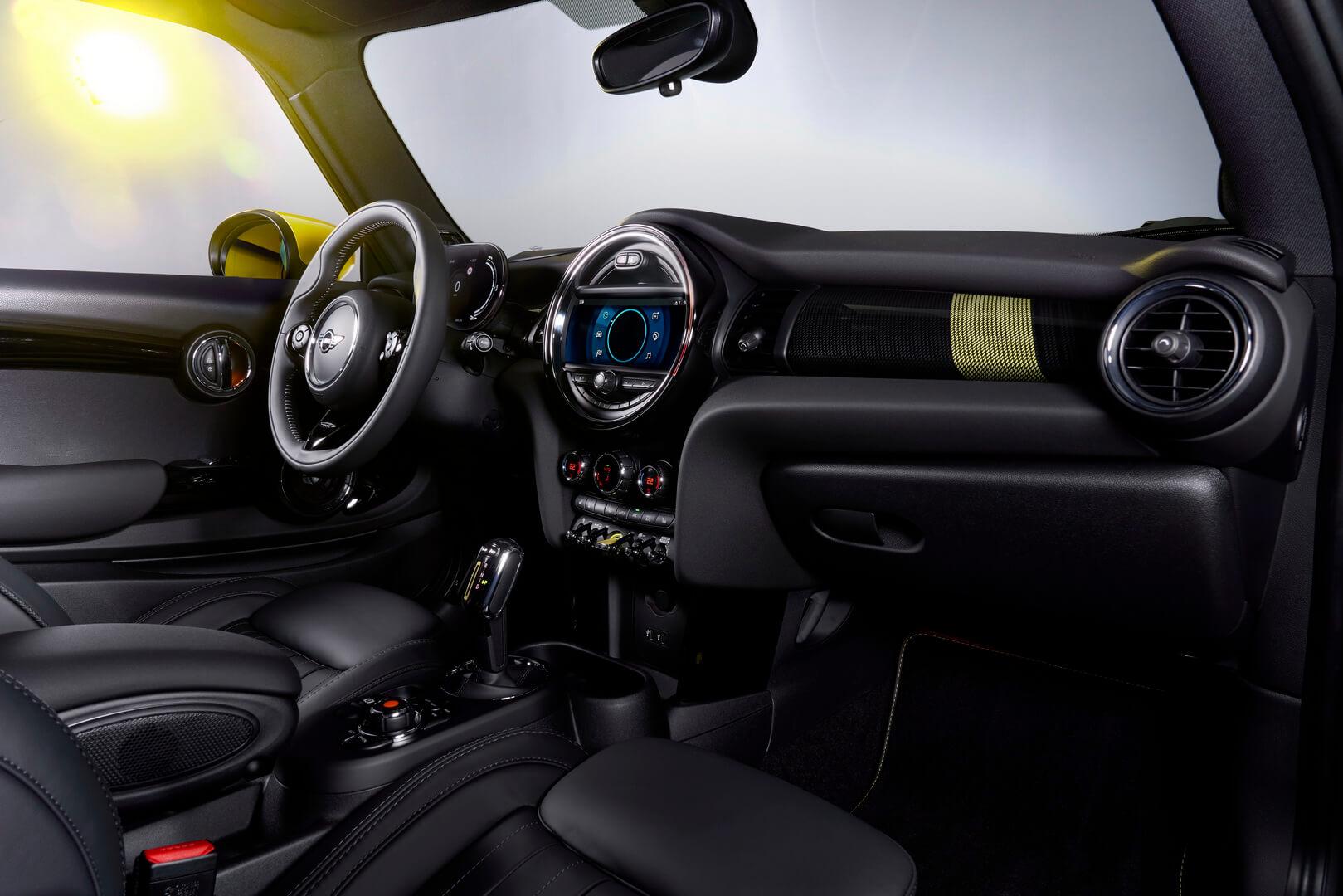Фотография экоавто MINI Cooper SE - фото 27