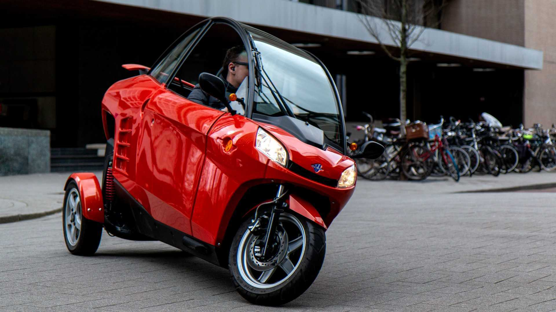 Электрический трицикл Carver