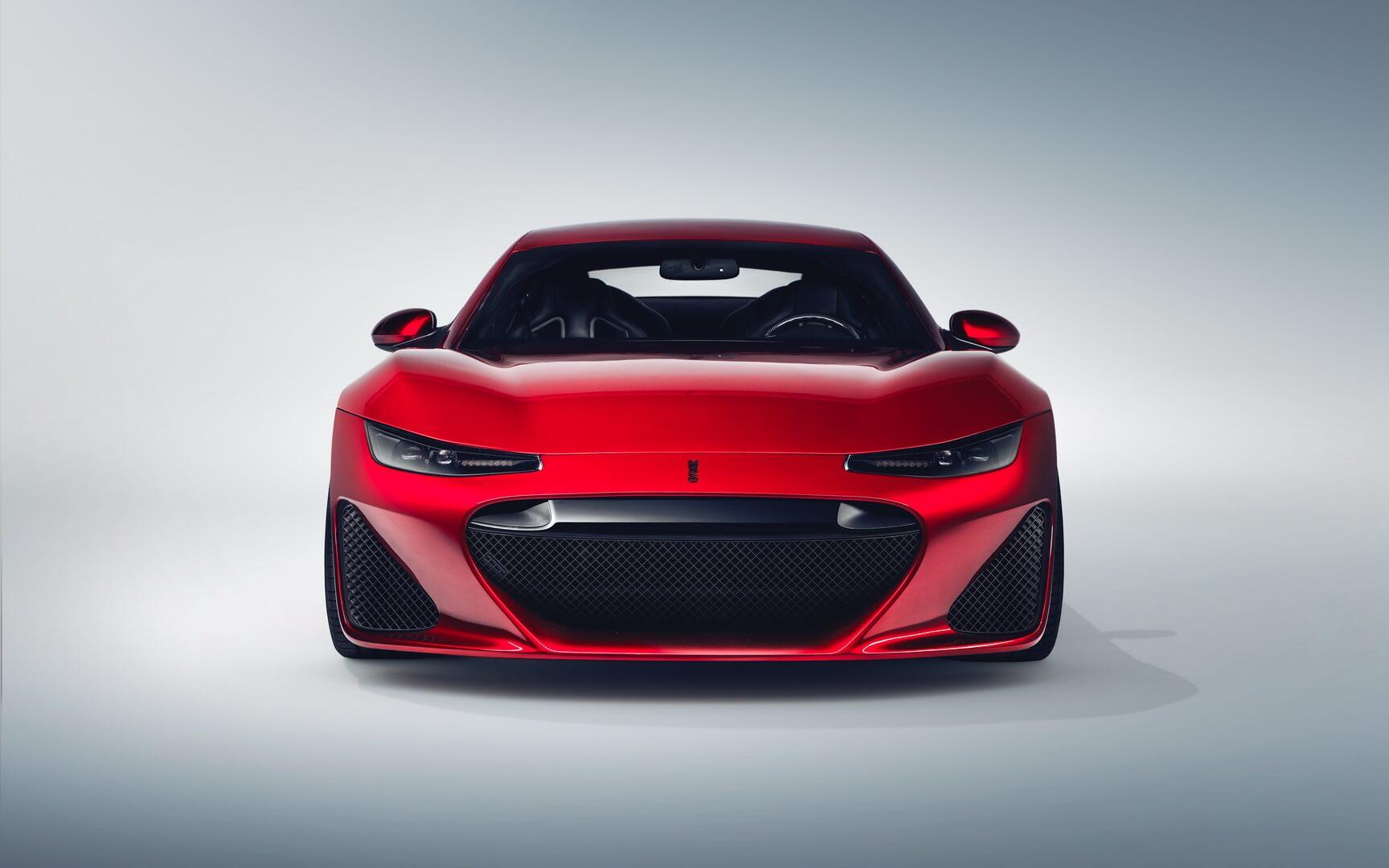 Электрический суперкар Drako GTE - вид спереди