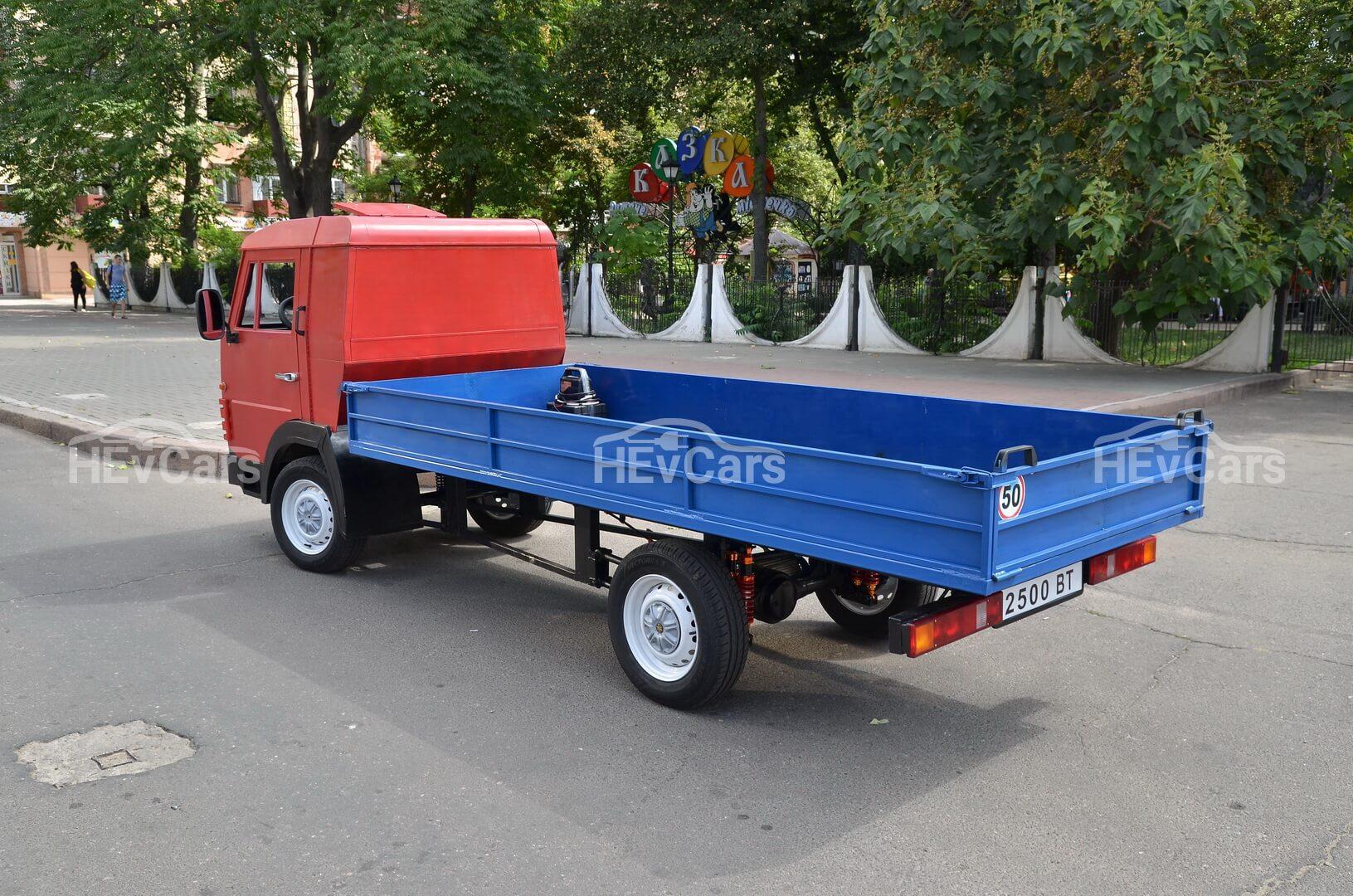 Электро-КАМАЗ из Николаева