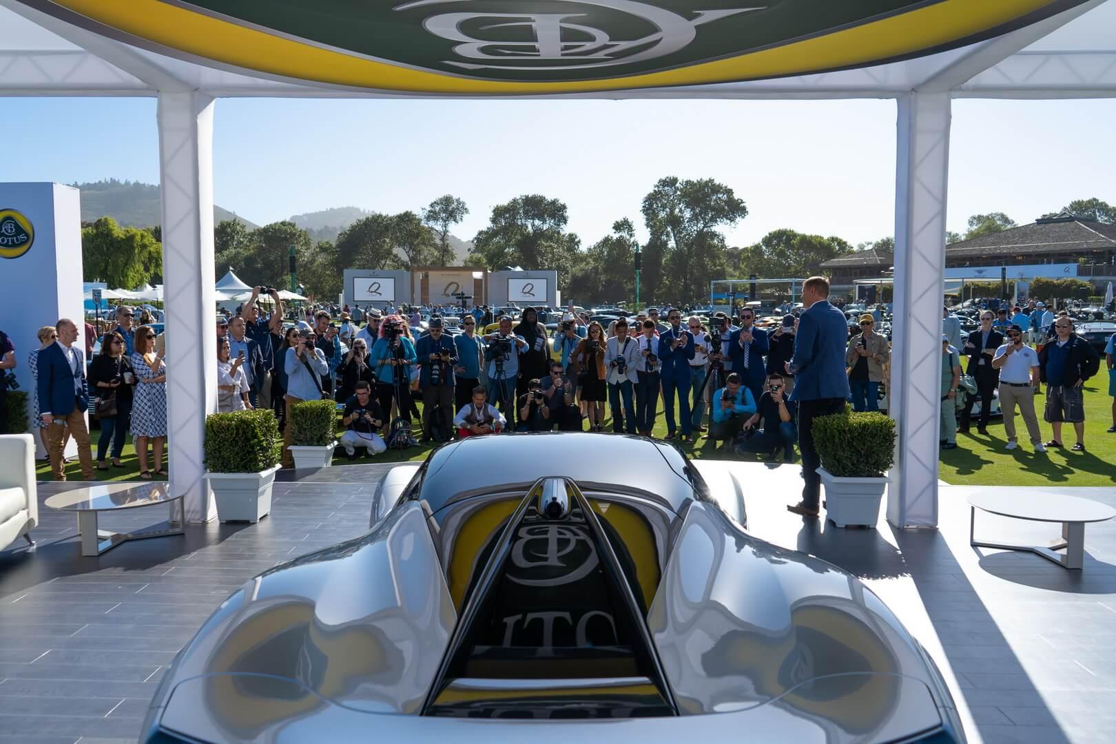 Lotus Evija дебютировал на автомобильной неделе в Монтерее