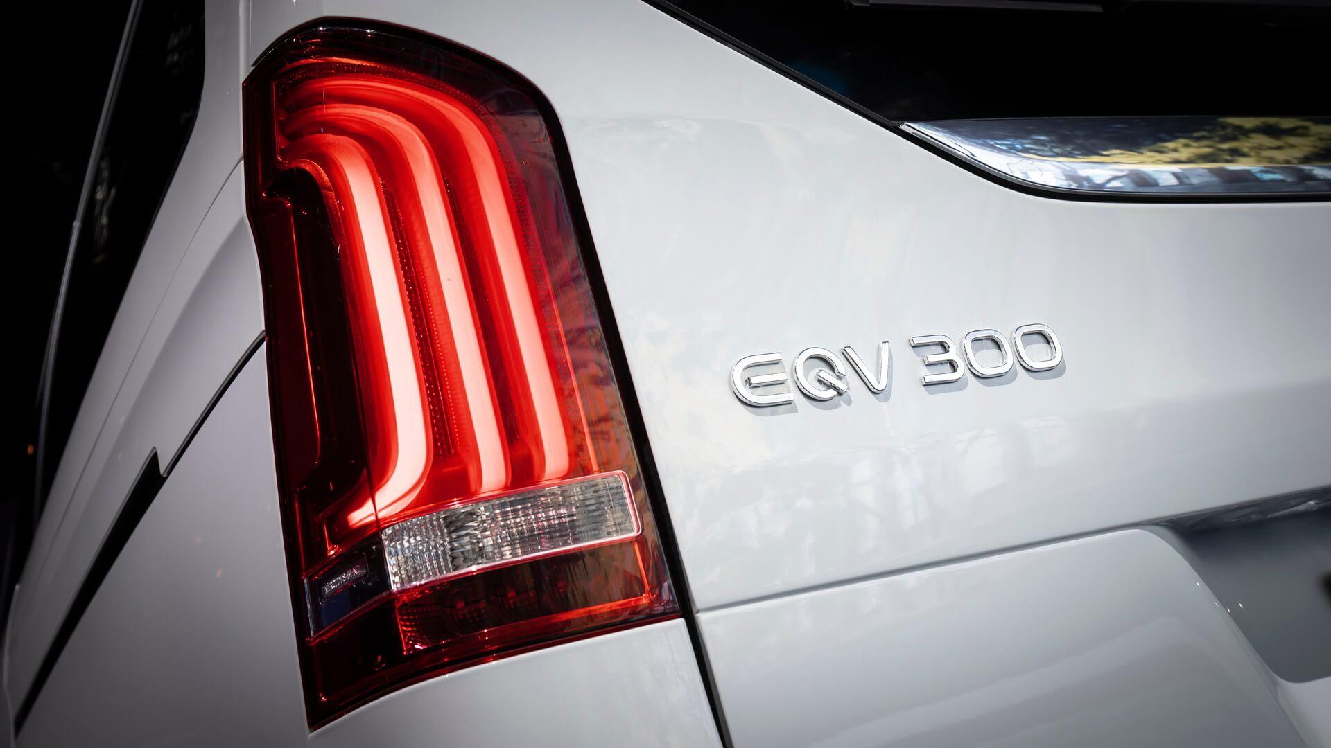 Премиальный электрофургон Mercedes-Benz EQV 300