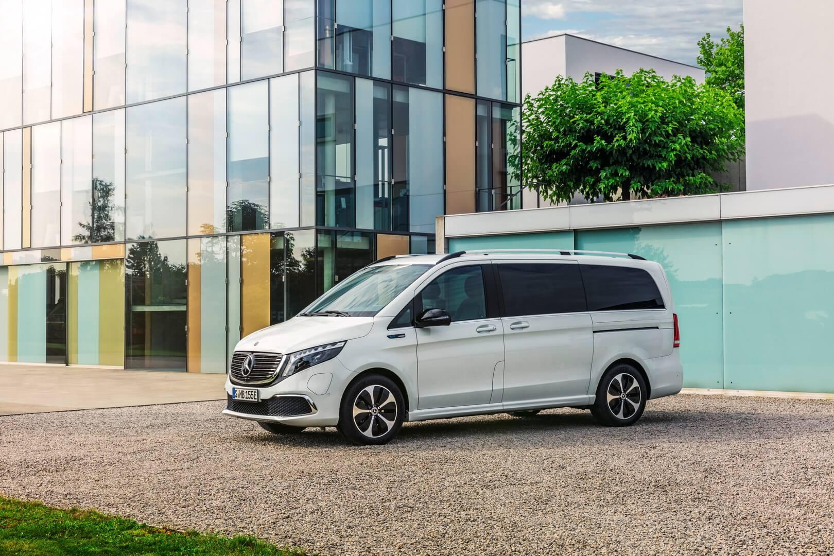 Mercedes-Benz презентовал премиальный электрофургон EQV с батареей на 100 кВт⋅ч и запасом хода 405 км