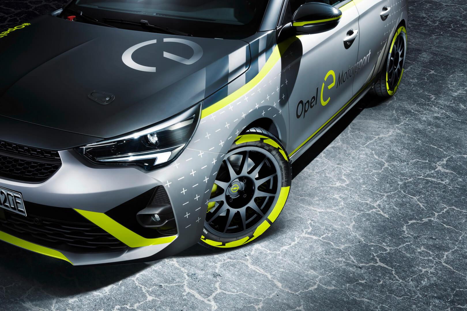 Электрический раллийный автомобиль Opel Corsa-e