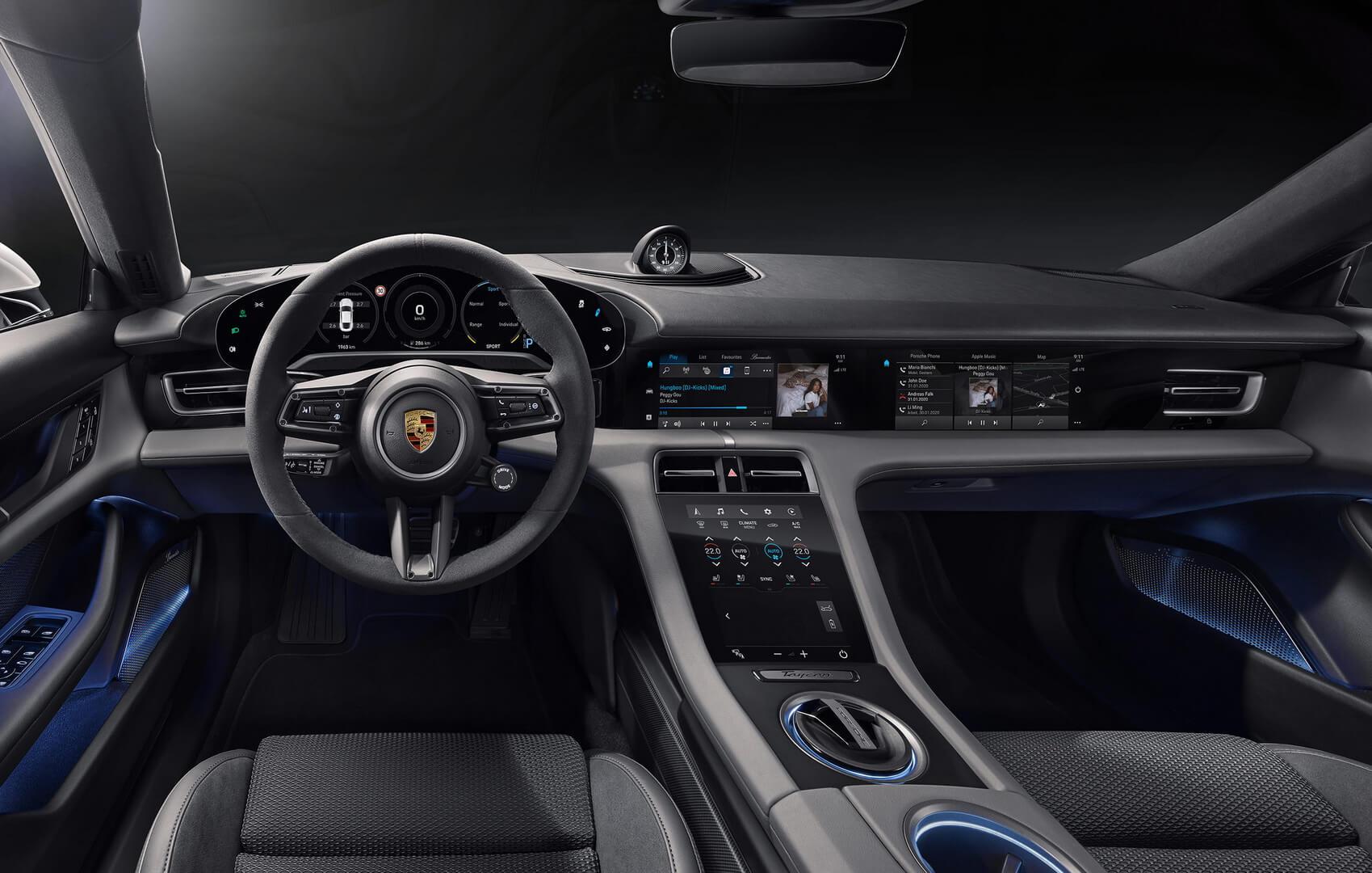 Раскрыт интерьер будущего электромобиля Porsche Taycan