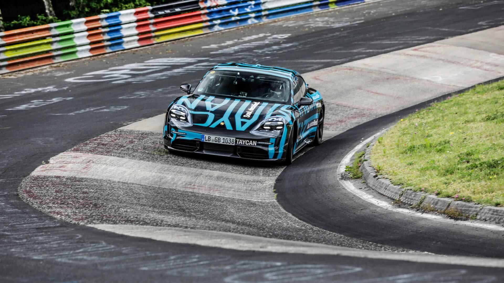 Porsche Taycan установил рекорд Нюрбургринга для четырехдверных электромобилей