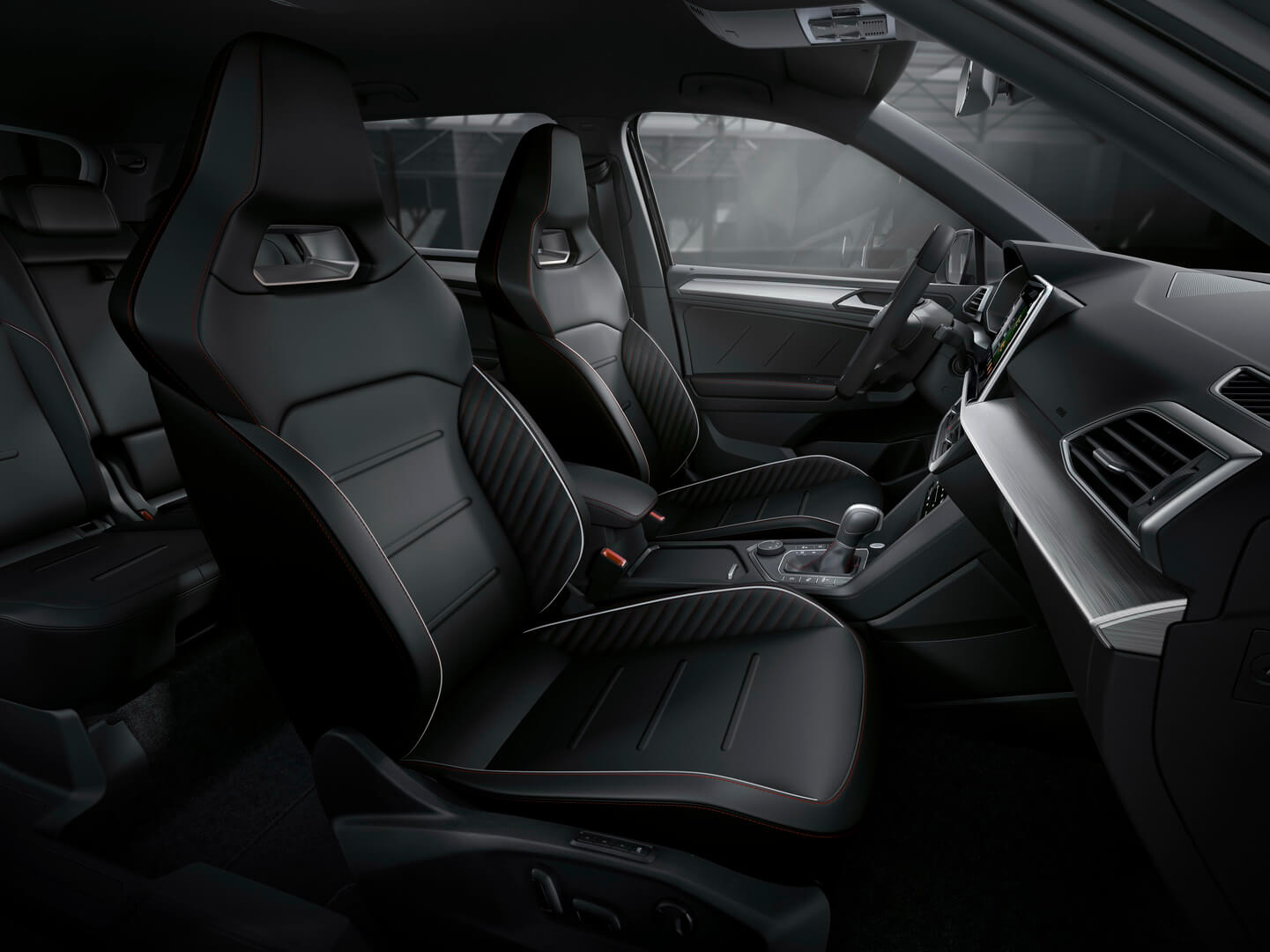 Передний ряд сидений Seat Tarraco FR PHEV
