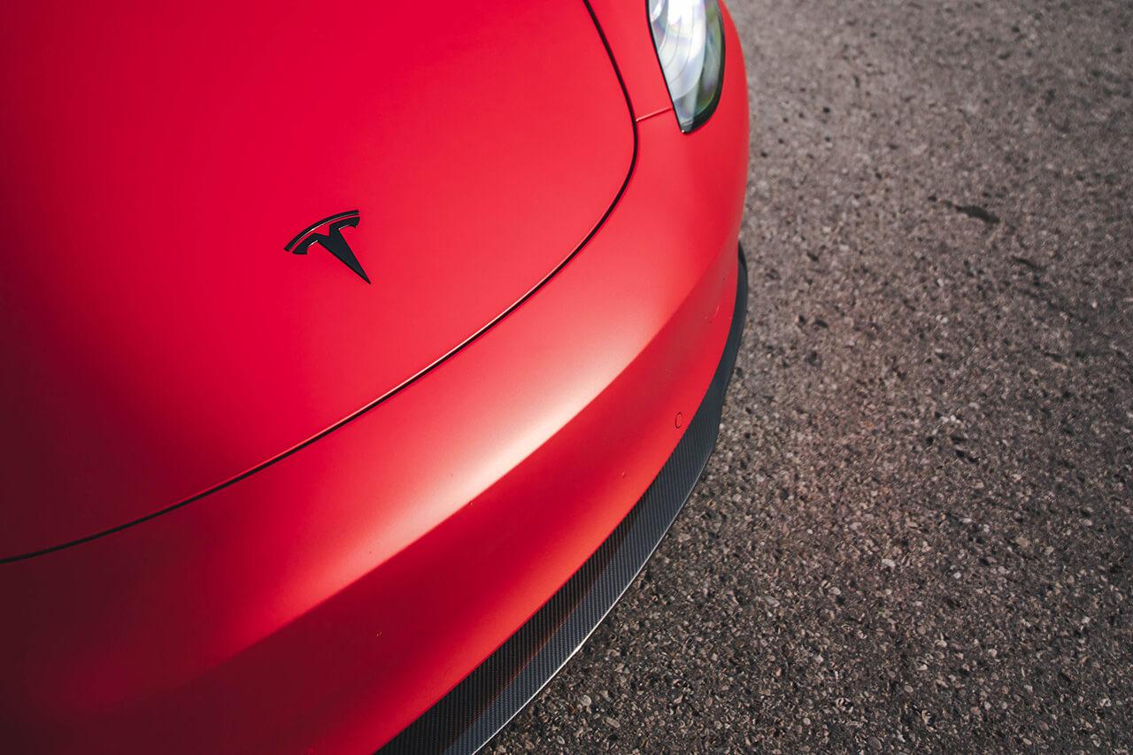 Спортивная Tesla Model 3 с новым тюнингом от Novitec