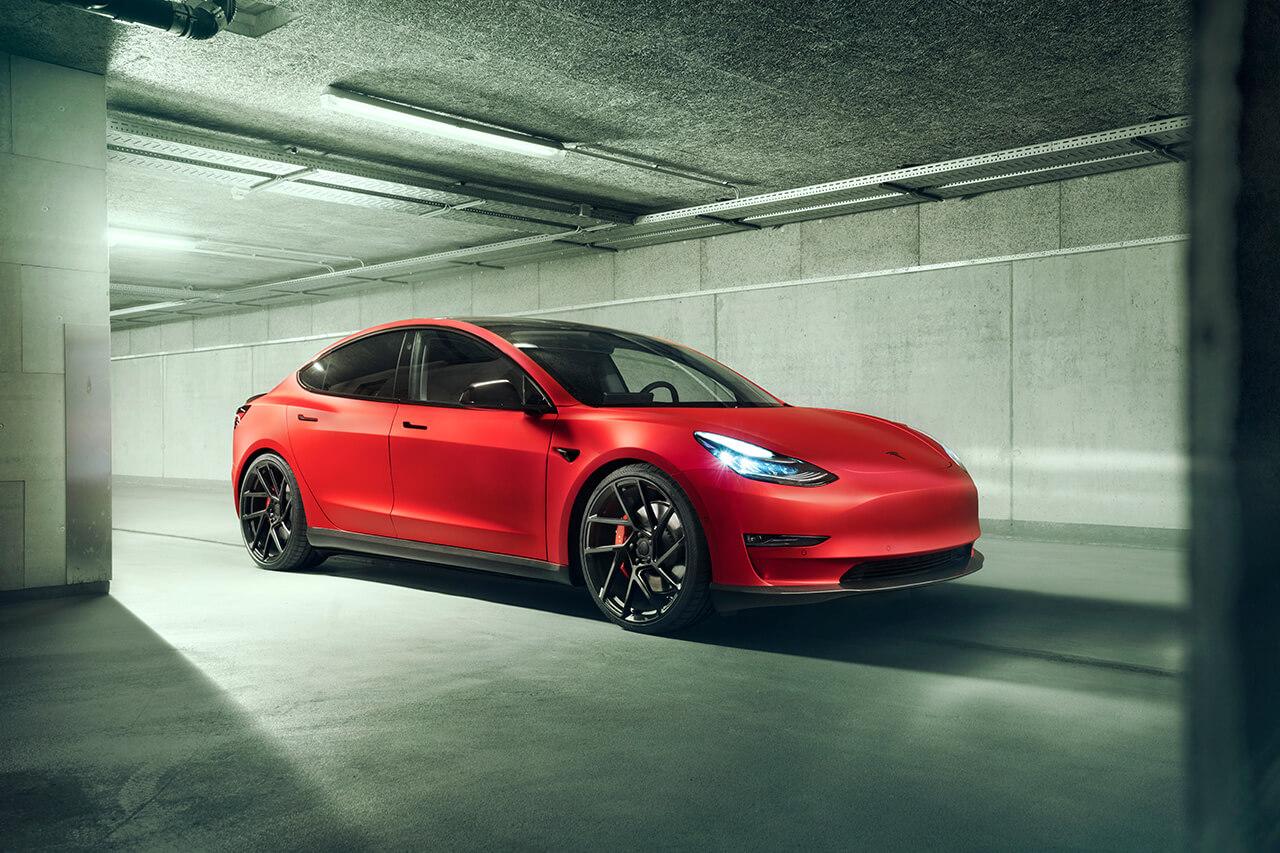 Novitec представляет модифицированную Tesla Model 3