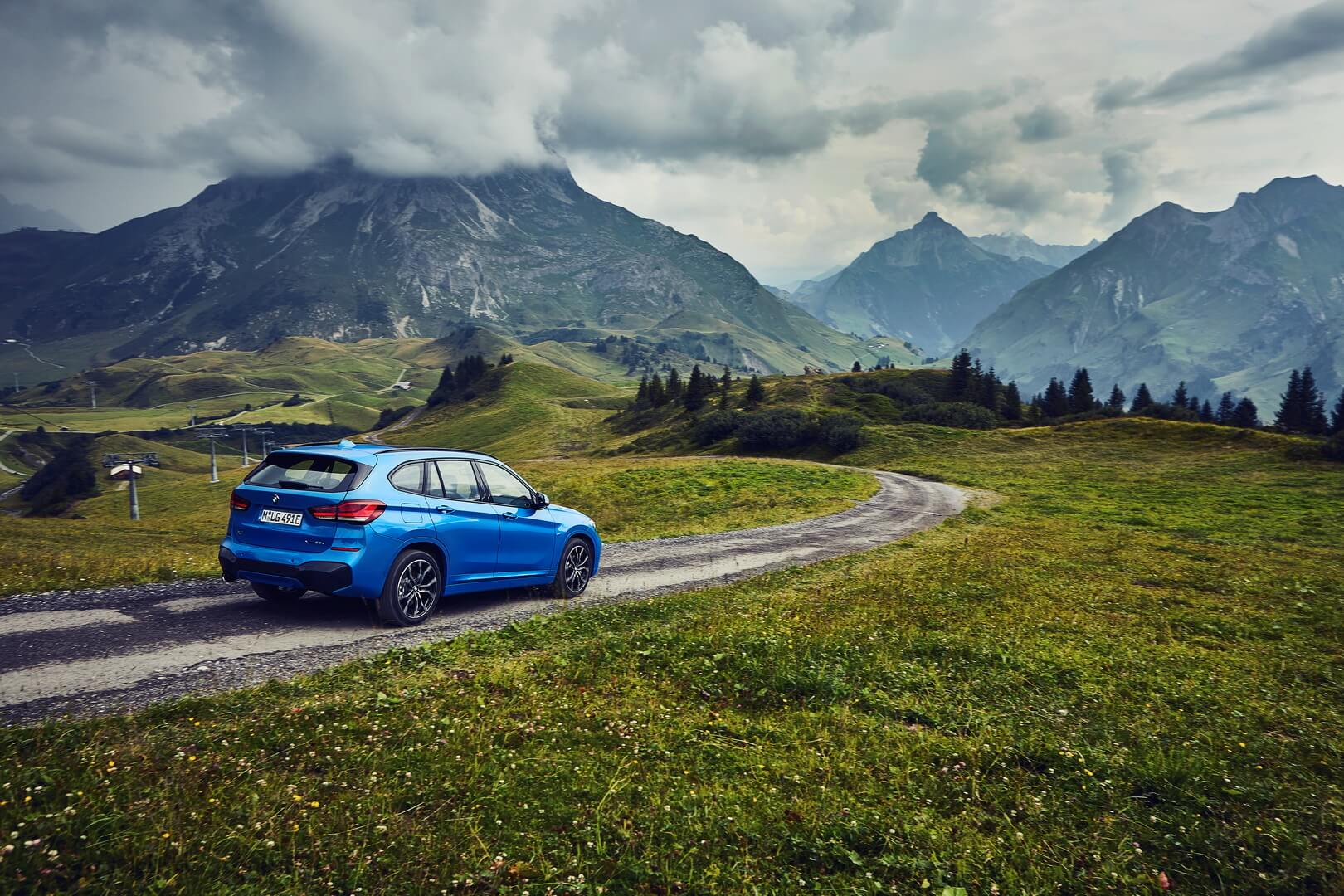 Плагин-гибрид BMW X1 xDrive25e