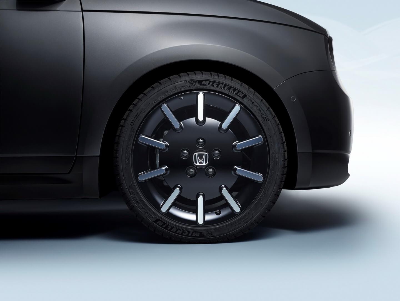 Дизайн колес электромобиля Honda e