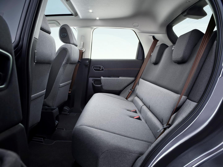 Задний ряд сидений электромобиля Honda e