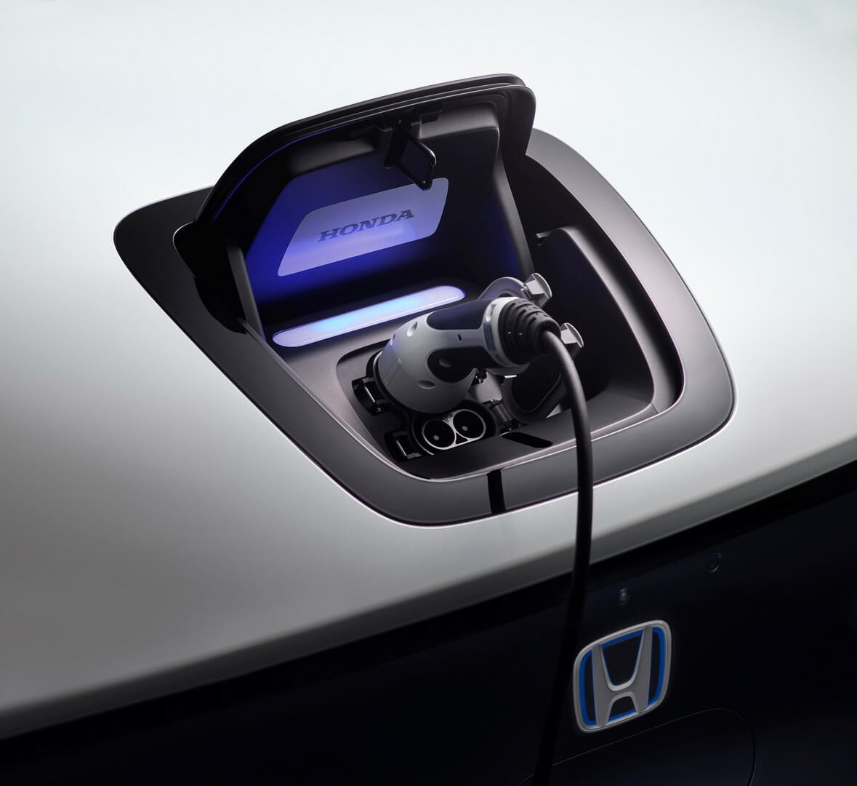 Порт зарядки CCS Combo 2 электромобиля Honda e