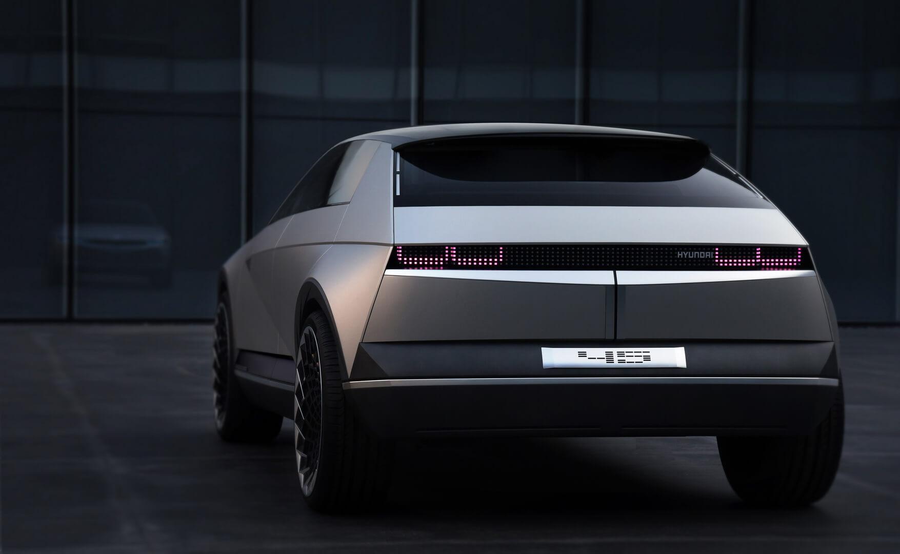 Hyundai представит концепт электромобиля «45» с дизайном 1970-х годов