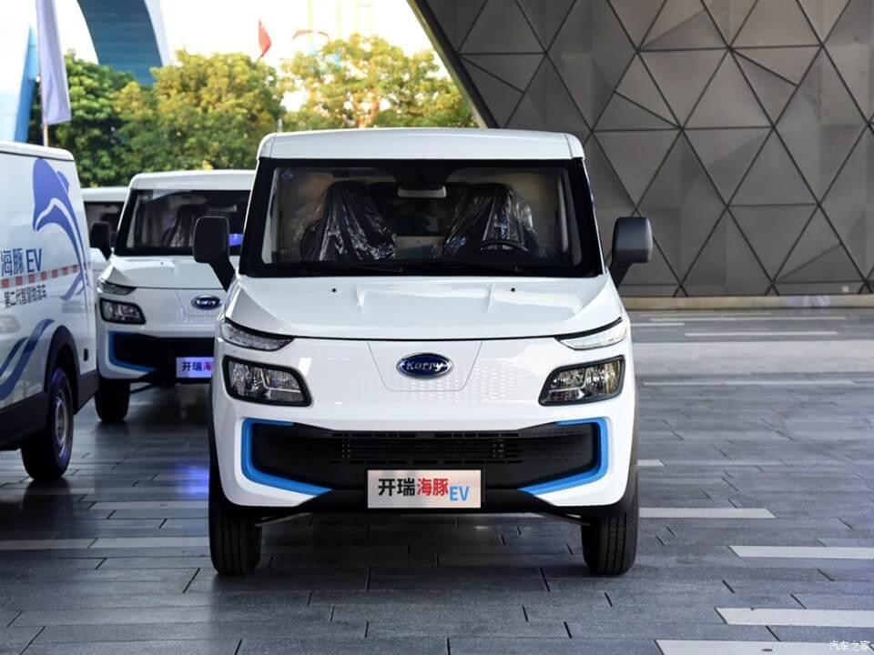 Дешево и практично: новый китайский электрофургон Karry Dolphin EV